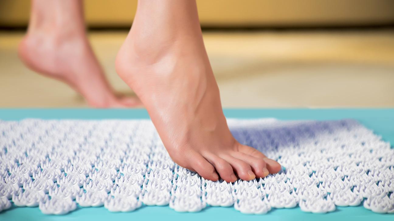 tapis acupression pieds